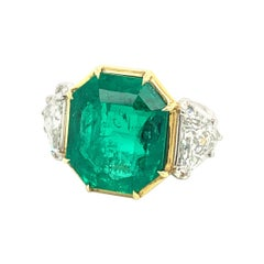Modern 10 Carat AGL Certified Colombian Emerald Diamond Platinum Cocktail Ring