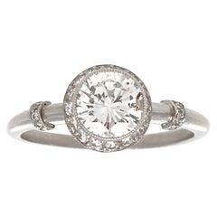 Modern 1.09 Carat Round Diamond Platinum Engagement Ring