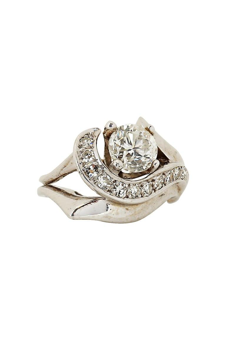 Brilliant Cut Modern 1.50 Carat Diamond Ring For Sale