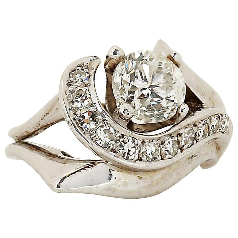 Modern 1.50 Carat Diamond Ring For Sale