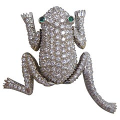 Modern 1.50 Carat Diamond Set Frog Brooch, Emerald Eyes, 18 Carat White Gold