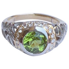 Modern 1.6 Carat Peridot and Diamond Two-Tone Platinum and Yellow Gold Ring