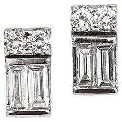 Modern 18 Karat Gold 0.80 Carat Baguette and Brilliant Diamond Stud Earrings
