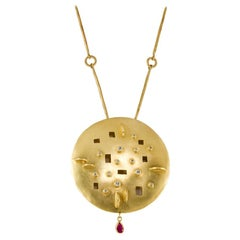 Modern 18 Karat Gold Ruby and Diamond Disc Pendant on Handmade Chain