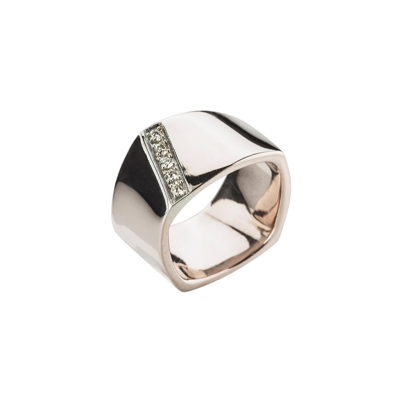 Modern 18 Karat White Gold 0.20 Karat White Diamonds Castello Svevo Band Ring