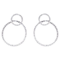 Modern 18 Karat White Gold 0.51 Karat G Color VS1 White Diamonds Design Earrings