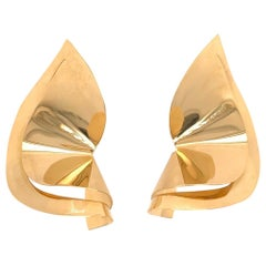 Modern 18 Karat Yellow Gold Earrings Signed Vicenza Italy, Estate Piece