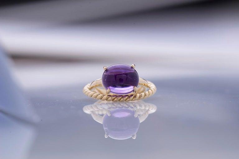 Modern 18 Karat Yellow Gold Twist Love Amethyst Handcrafted Design Ring For Sale 4