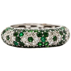 Modern 18 Karat Gold Diamonds and Emeralds Ring