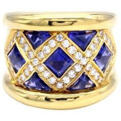 Modern 18 Karat Gold Diamond and Iolite Ring