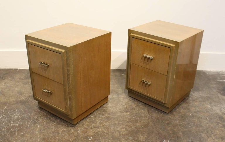 Mid-Century Modern Modern 1950s Nightstands in the Manner of Paul Frankl with Brass Knuckle Pulls For Sale