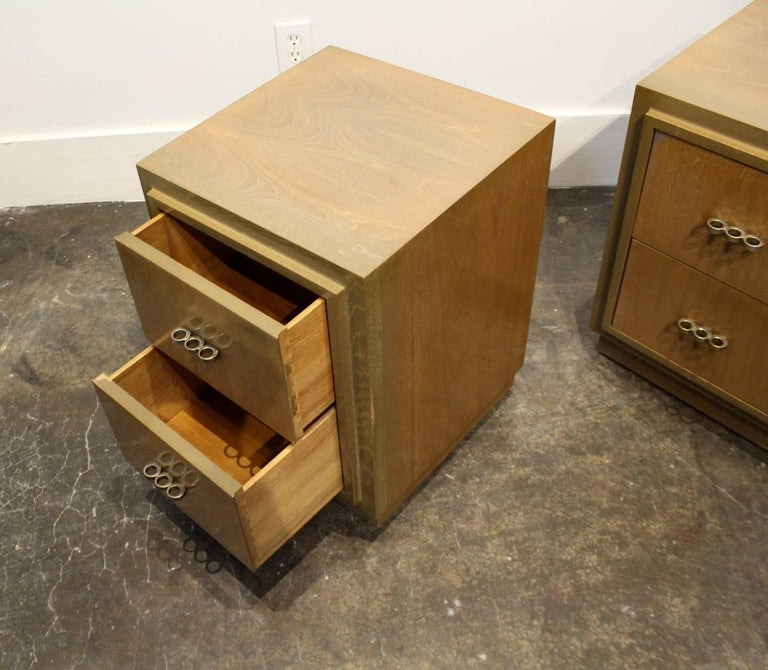 American Modern 1950s Nightstands in the Manner of Paul Frankl with Brass Knuckle Pulls For Sale
