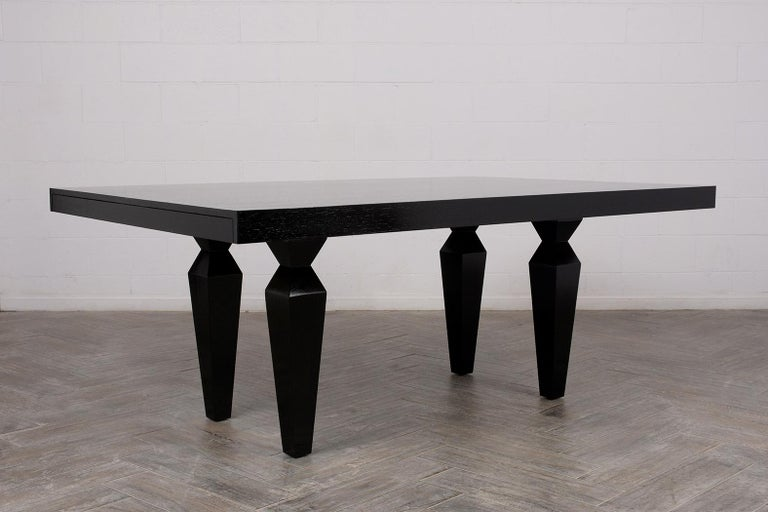 Modern 1960s Lacquered Finish Dining Room Table In Good Condition For Sale In Los Angeles, CA