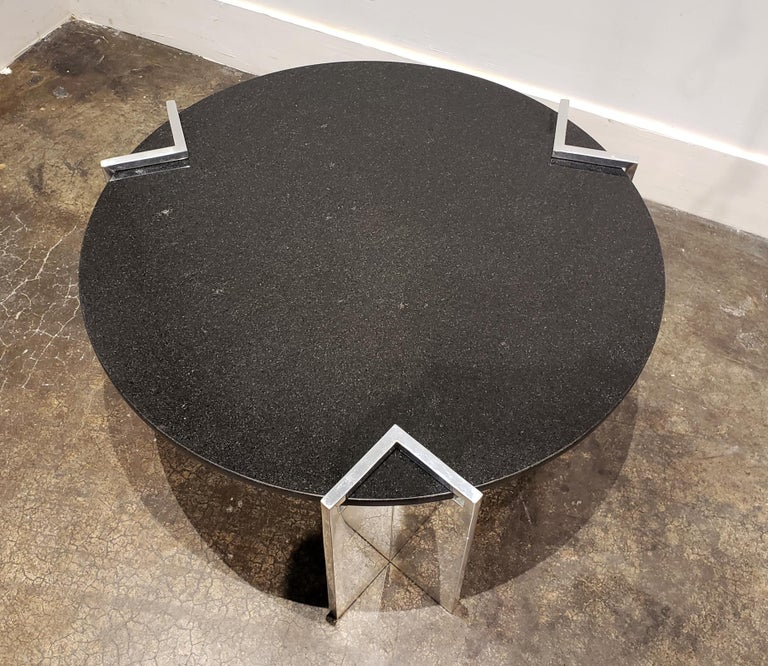 Polished Modern 1980s Aluminum and Granite Round Coffee Table For Sale