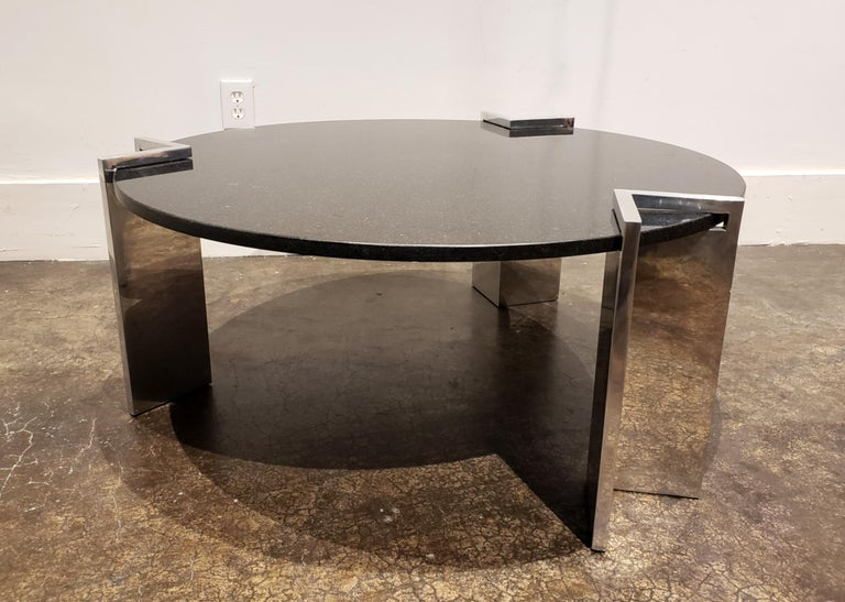 Modern 1980s Aluminum and Granite Round Coffee Table In Good Condition For Sale In Dallas, TX