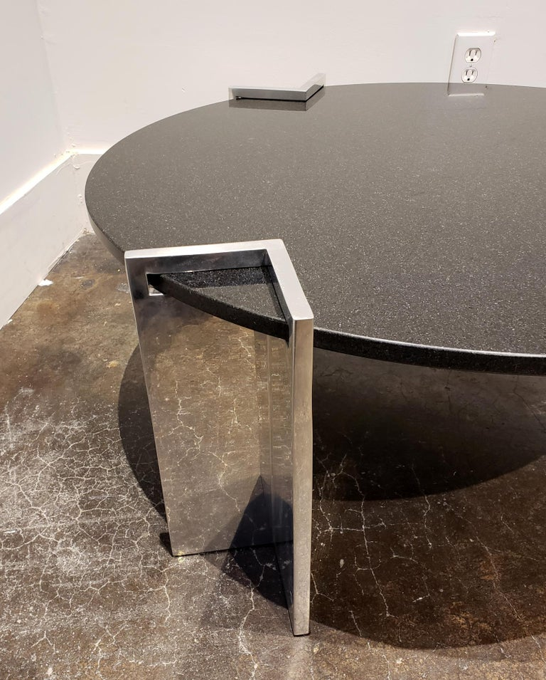 Modern 1980s Aluminum and Granite Round Coffee Table For Sale 1