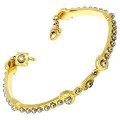 Modern 22 Karat Yellow Gold and Diamonds Bracelet