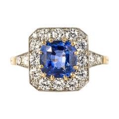 Modern 2.56 Blue Sapphire Diamonds 18 Karat Yellow Gold Hexagonal Ring