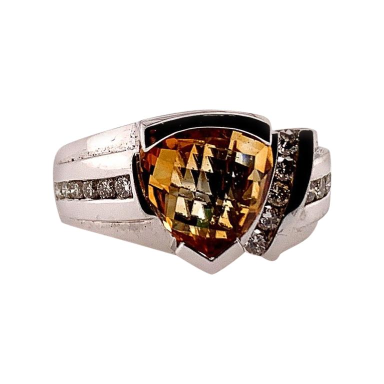 Modern 2.84 Carat Gold Natural Trilliant Citrine and Diamond Cocktail Stone Ring For Sale