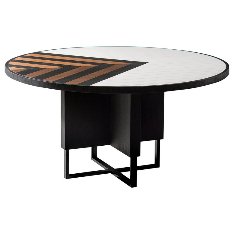 Modern 6 Seater Oak Round Circular Dining Table For Sale 4