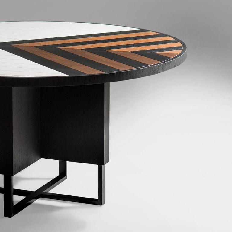 Brazilian Modern 6 Seater Oak Round Circular Dining Table For Sale