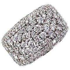 Modern 6.00 Carat Pave Diamond Tapered Band Ring 14 Karat White Gold