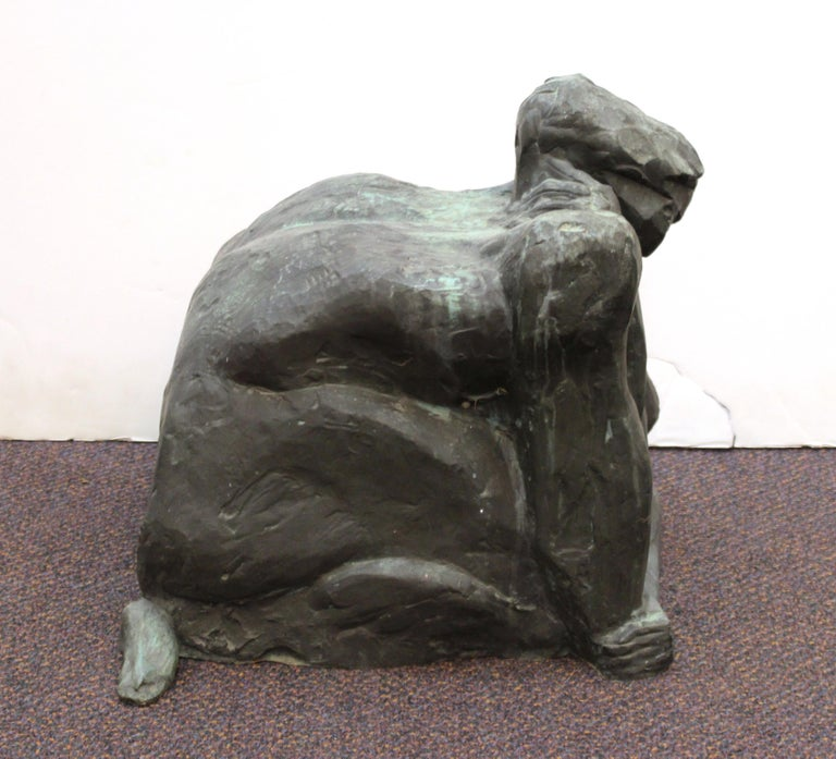 Modern Abstract Cast Bronze Female Sculpture In Good Condition For Sale In New York, NY