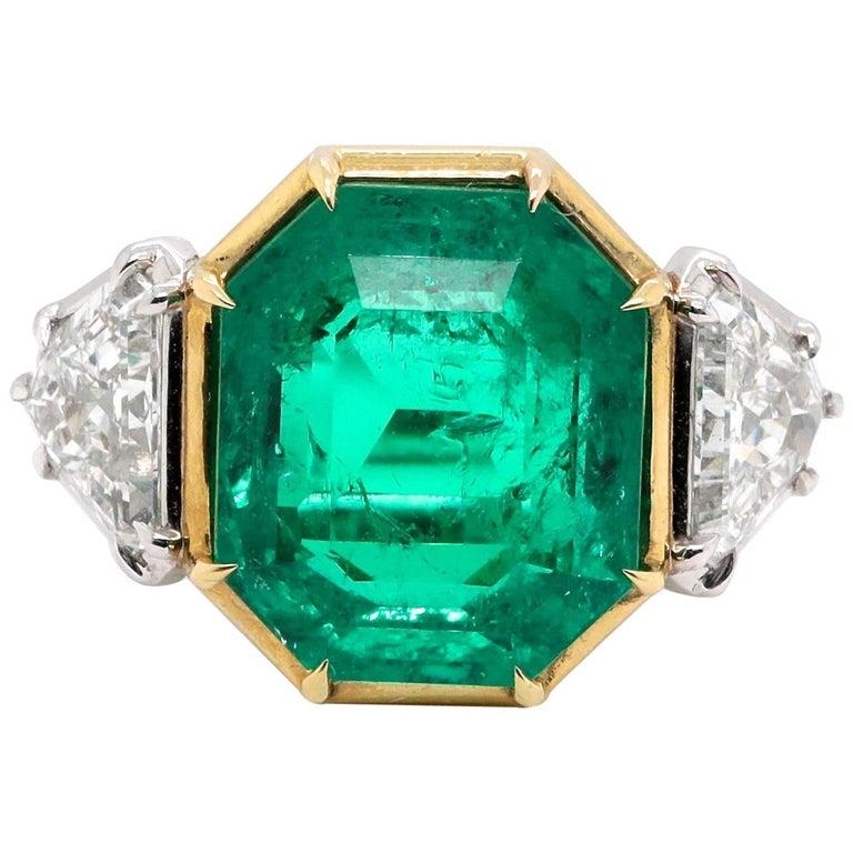 Modern AGL 10.03 Carat Colombian Emerald Diamond 18 Karat Gold Platinum Ring For Sale