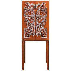 Modern and excentric cabinet inspired in russian antique furniture