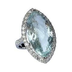 Modern Aquamarine and Diamond 14 Carat White Gold Ring