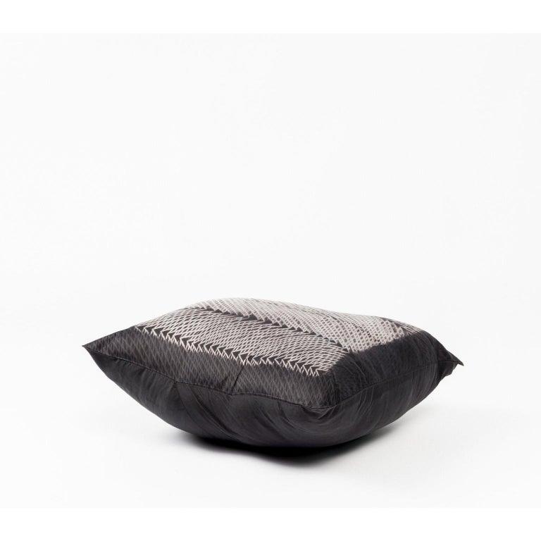 Modern ARA Black Shibori  Silk Pillow For Sale