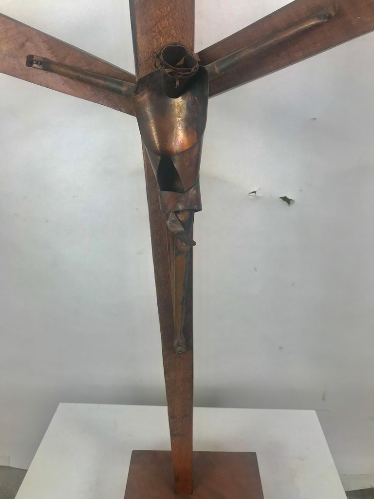 Wonderful modernist sculpture, artist made, signed Crusifix, Russian, bent copper and wood, Reminiscent of sculptural designs by Heifetz, amazing quality, Retains original plaque with artist signature, illegible, appears to be Russian, Jesus figure