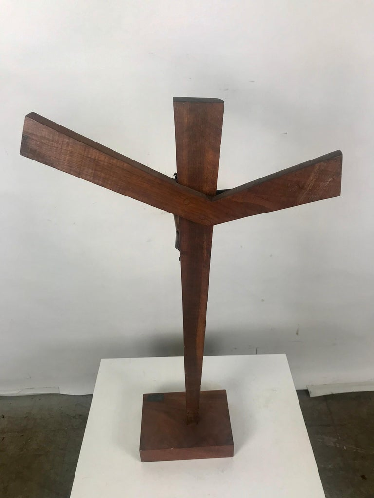 Mid-20th Century Modern Artist Made Signed Crusifix, Russian, Bent Copper and Wood after Heifetz For Sale