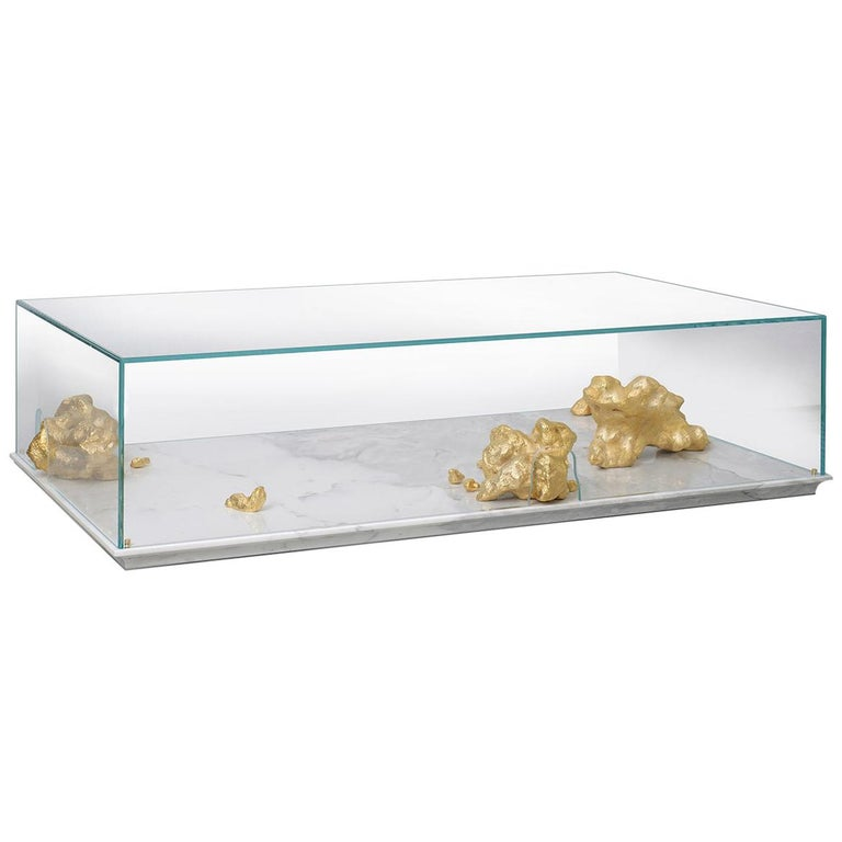 Modern Aurum Center Table with Golden Nuggets, Glass and White Marble Base For Sale