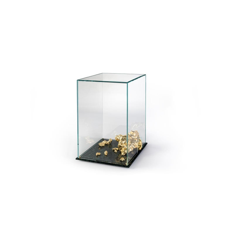 Hand-Crafted Modern Aurum Side Table in Tempered Glass, Gold Nuggets and Green Marble Base  For Sale