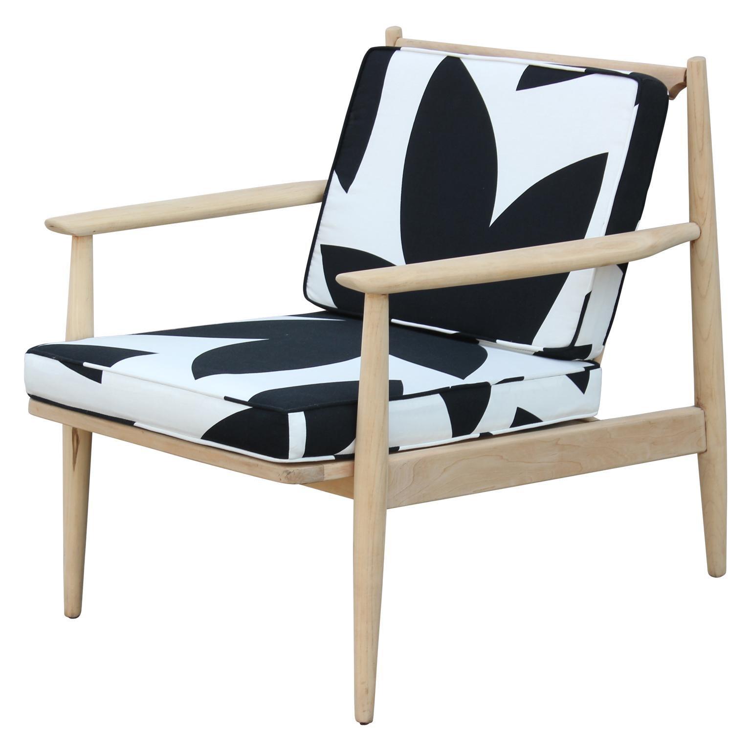 Modern Baumritter Black & White Geometric Light Walnut Danish Style Lounge Chair