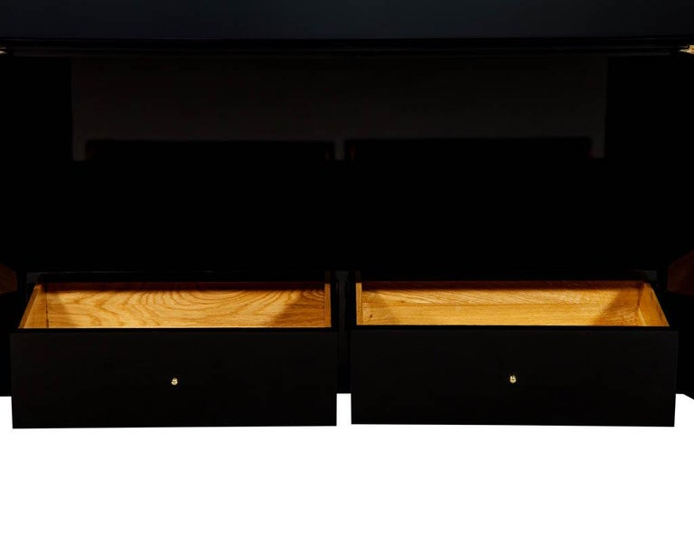 Modern Black Lacquer Brass Accented Credenza Buffet Sideboard In Excellent Condition For Sale In North York, ON