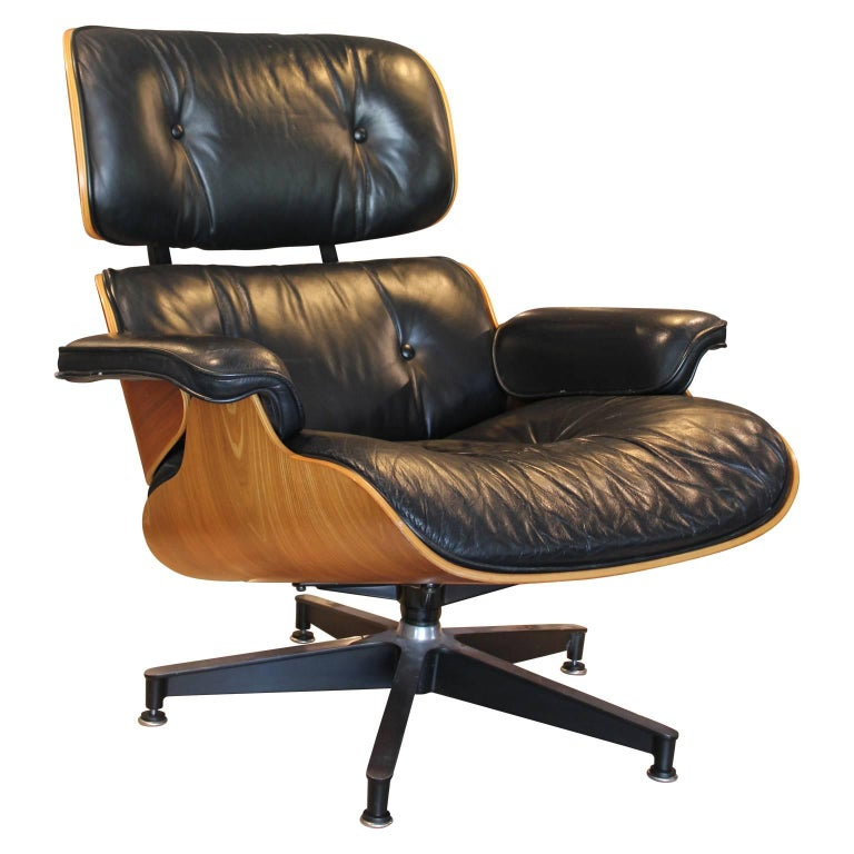 Modern Black Leather And Walnut Herman Miller Eames Lounge