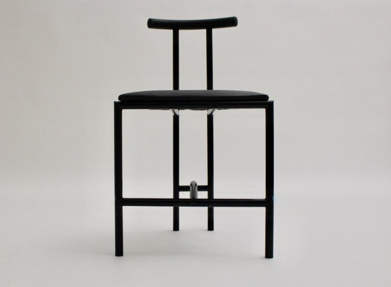Modern Black Vintage Metal Faux Leather Tokyo Chair by Rodney Kinsman, 1985, UK In Good Condition For Sale In Vienna, AT