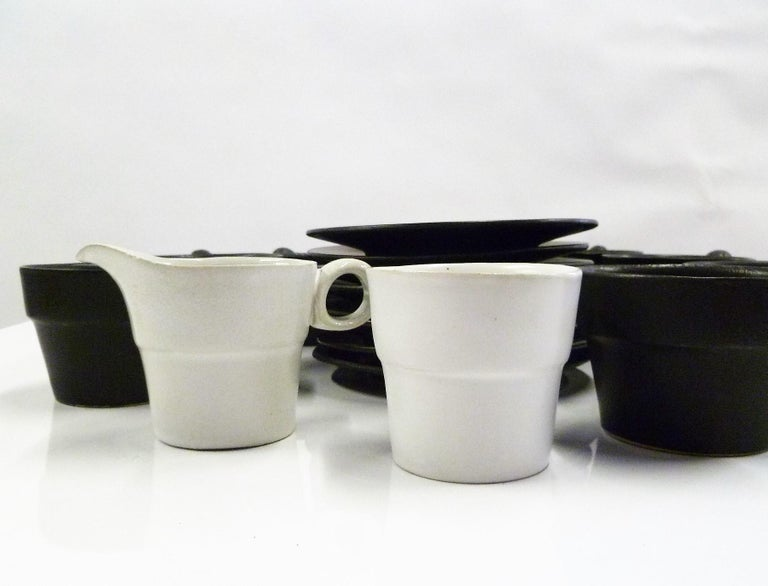 Mid-Century Modern Modern Black White Coffee Set Bennington Potteries of Vermont David Gil 1960s For Sale