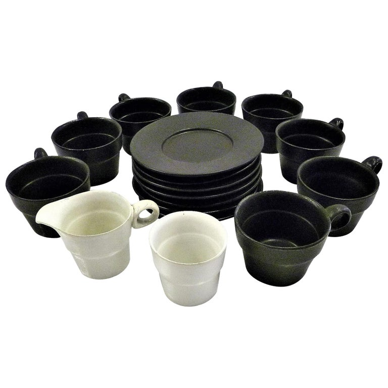 Modern Black White Coffee Set Bennington Potteries of Vermont David Gil 1960s For Sale