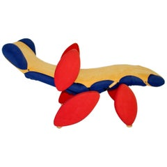 Modern Blue Red Yellow Pop Art Vintage Chaise Longue, circa 1980