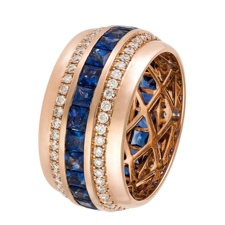 Round Cut Modern Blue Sapphire Diamond Rose Gold 18K Band Ring for Her For Sale