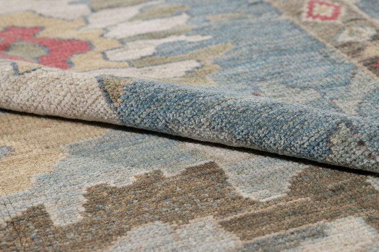 Modern Blue Sultanabad Handmade Wool Rug In New Condition For Sale In Norwalk, CT