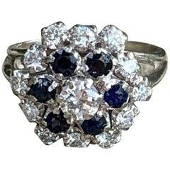 Modern Brilliant Cut Diamond and Blue Sapphire 14 Karat White Gold Ring-Size 7