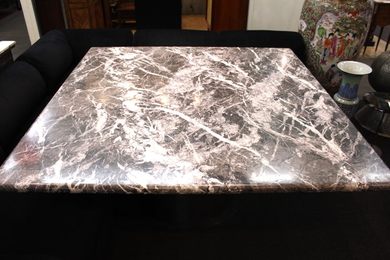 Modern Brueton Style Dining Table With Square Veined Marble Top In Good Condition For Sale In New York, NY