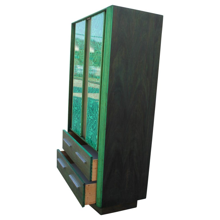 Modern Brutalist Faux Malachite Green Dyed Tall Boy Dresser or Cabinet In Excellent Condition For Sale In Houston, TX