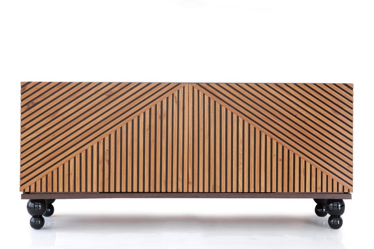 Modern Buffet Handcrafted in Brazilian Hardwood, Aladin In New Condition For Sale In Sao Paulo, SP