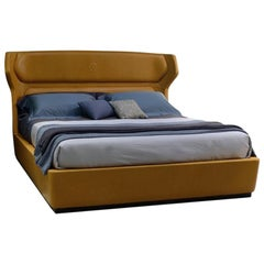 Modern by Giuseppe Carpanelli Mistral Padded Bed with Leather