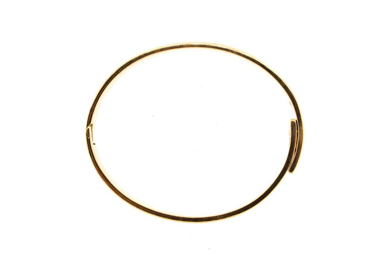 Modern Cartier Anniversary Diamond 18 Karat Gold Bangle Bracelet For Sale 4